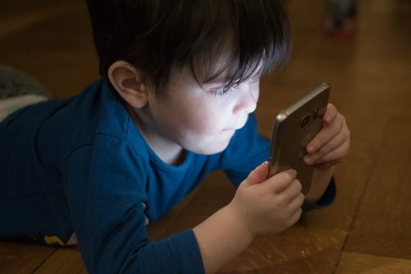 Houston we have a problem – screen time, freetime, good time